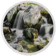 Osaka Garden Waterfall Round Beach Towel