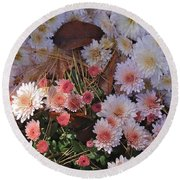 Round Beach Towel featuring the photograph Pink Mum by Joseph Yarbrough