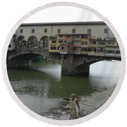 Round Beach Towel featuring the photograph Ponte Vecchio by Laurel Best