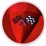Red Stingray Badge Round Beach Towel