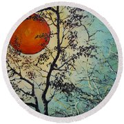 Red Sun A Red Moon Round Beach Towel