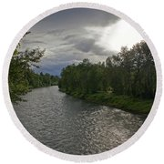 Rogue River In May Round Beach Towel