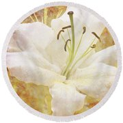 Sparkling Lily Round Beach Towel