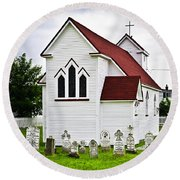 St. Luke's Church And Cemetery In Placentia Round Beach Towel