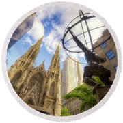 Statue And Spires Round Beach Towel