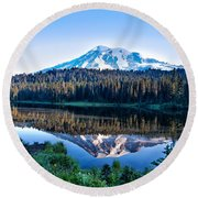 Sunrise At Reflection Lake Round Beach Towel