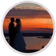 Sunset At Night A Wedding Delight Round Beach Towel