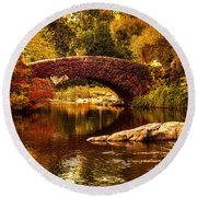 The Gapstow Bridge Round Beach Towel