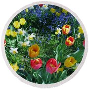 Round Beach Towel featuring the photograph Tulips Dancing by Rory Sagner