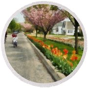 Tulips On The Boulevard Holland Michigan Round Beach Towel