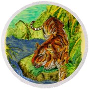 Urbana Tiger In The Outskirts Of Philo Round Beach Towel