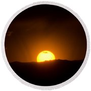 Venus Transit Setting Over The Rocky Mountains Round Beach Towel