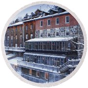 Round Beach Towel featuring the photograph Wakefield Inn by Eunice Gibb