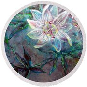 White Passion Round Beach Towel