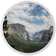 Yosemite Valley From Tunnel View At Yosemite Np Round Beach Towel