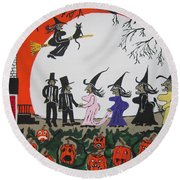 A Halloween Wedding Round Beach Towel