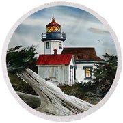 Point Robinson Lighthouse And Mt. Rainier Round Beach Towel