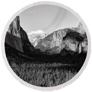 Valley Of Inspiration Round Beach Towel