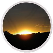 Sunrise West Side Of Rmnp Co Round Beach Towel