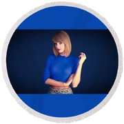 53809 Taylor Swift Round Beach Towel