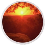 A Sun That Never Sets Round Beach Towel