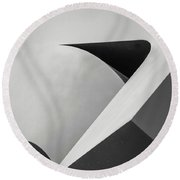 Abstract In Black And White Round Beach Towel