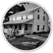Amish Farmhouse - Ohio Round Beach Towel
