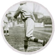 Babe Ruth Pitching Round Beach Towel