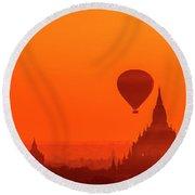 Bagan Pagodas And Hot Air Balloon Round Beach Towel