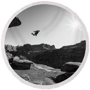 Base Jumper Round Beach Towel