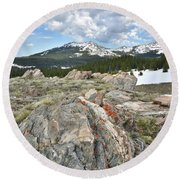 Big Horn Pass In Wyoming Round Beach Towel