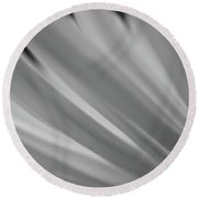 Black And White Mum Petals Round Beach Towel