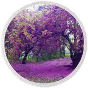Blossoms In Central Park Round Beach Towel