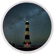 Bodie Lighthouse And Milky Way Round Beach Towel