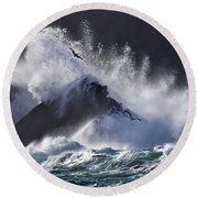 Crashing Wave At Clogher Round Beach Towel