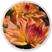 Dahlia Delight II Round Beach Towel