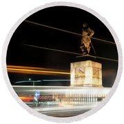 Drake's Statue Traffic Trails Iv Round Beach Towel