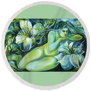 Dreaming Flower Round Beach Towel
