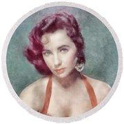 Elizabeth Taylor By John Springfield Round Beach Towel