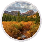 Fall In Rocky Mountain National Park Round Beach Towel