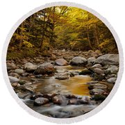 Fall On The Gale River Round Beach Towel