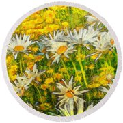 Field Of Daisies Round Beach Towel