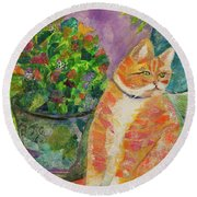 Ginger With Flowers Round Beach Towel
