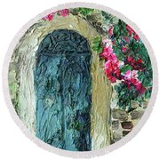 Green Italian Door With Flowers Round Beach Towel