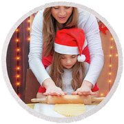 Happy Family Making Christmas Cookies Round Beach Towel