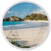 Horseshoe Bay In Bermuda Round Beach Towel