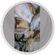 Oysters In Ponzu Vinegar Round Beach Towel
