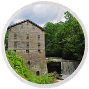 D9e-28 Lantermans Mill Photo Round Beach Towel