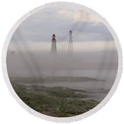 Le Guide. Round Beach Towel
