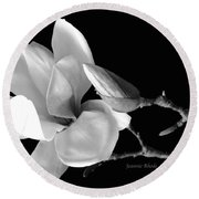Magnolia In Monochrome Round Beach Towel